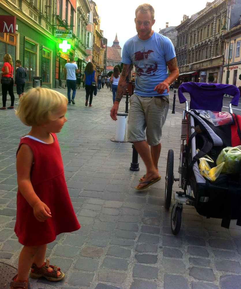 Wir schnuppern Stadtluft in Brasov-auf der Suche nach Veganen Resturants- Mamma Cote- Vegan- Brasov-Rumänien-reisen mit Kind-Urlaub-Frerien-