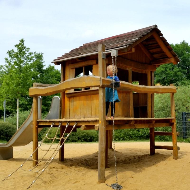 Spielplatz- Kindheit- Freiheit- Spielszunden-Sommer- Erfurt- Espachbad