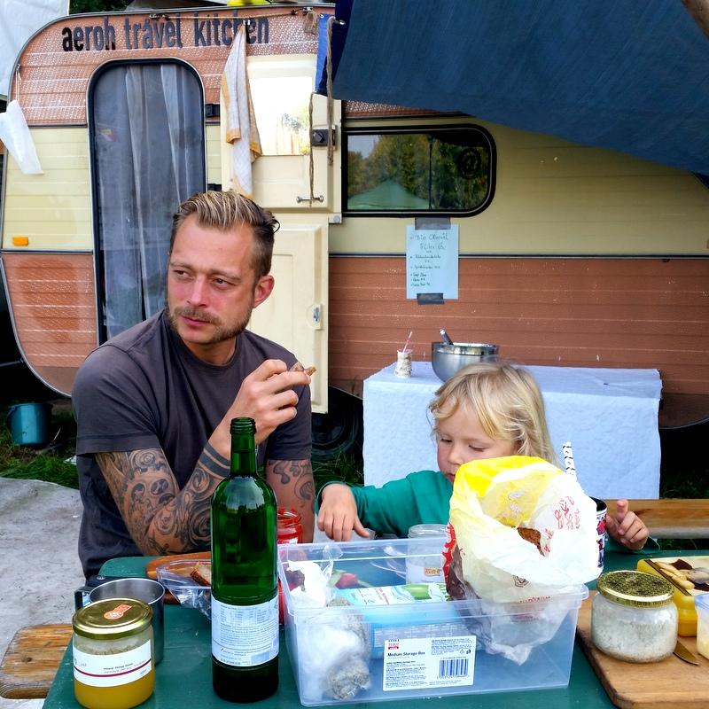 Frühstück- Schulfrei Festival-Workshop- Freilerner- Attchemnt Parenting