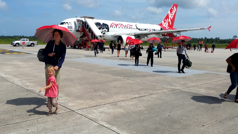 Weltreise mit Kind- Winter in Koh Phangan- Air Asia- fliegen mit Kind